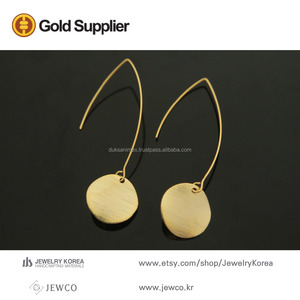 Dangling Earring Making Oval Hook w/ Waved Coin w/ link, T68-G1, 54mm long, Waved Disc 15mm, 16K Gold Plated Brass, Nickel Free