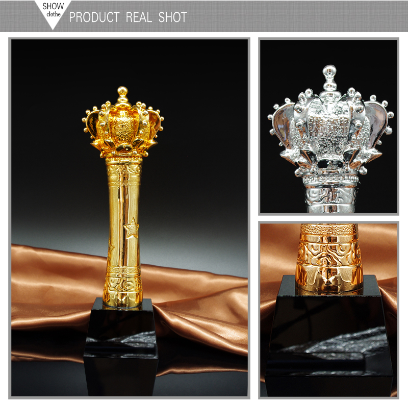 Shining Crystal Unique Gold Crown Metal Trophy Awards For Souvenir