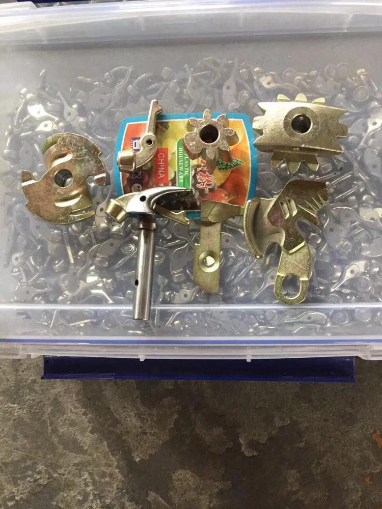 high quality baler spare parts 008264320 knotterbill hook 826432 knotter finger for Agriculture Machinery