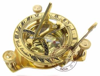 91e70f06bc3c Reloj brújula ~ latón reloj de sol brújula ~ náutico Vintage 3  quot ...