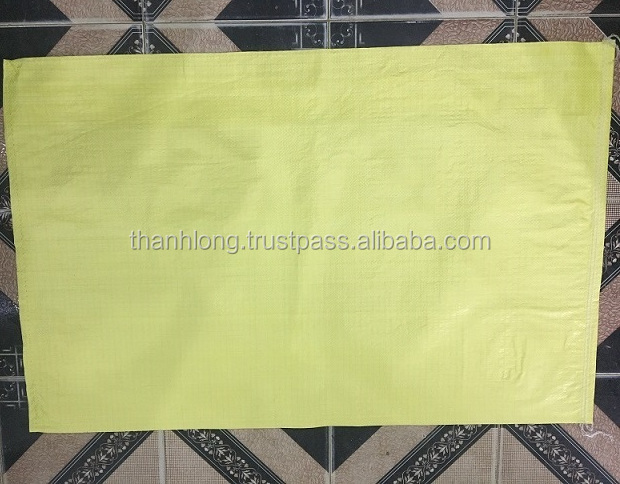 PP woven sacks for food, animal feeds, material construction,... storage
