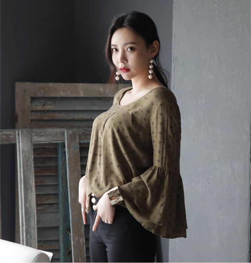 11e7e52da Nova Moda de Verão Senhoras Casuais Tops Estilo Coreano Bonito mulheres  Blusa manga Sino