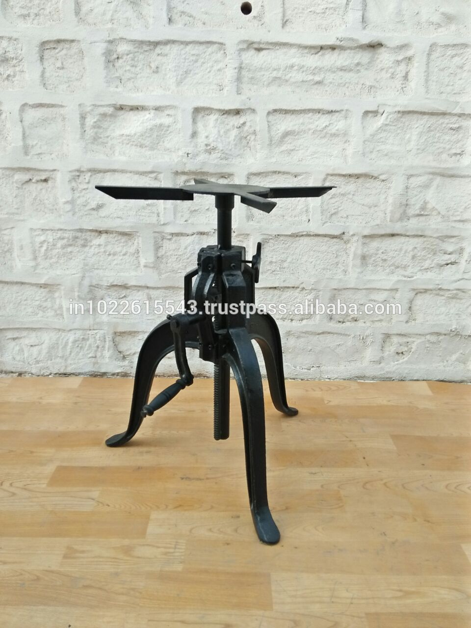 Industrial Bar Crank Table Base Crank Cafe Table Base Buy Industrial Cafe Furniture Crank Table Cheap Table Base Adjustable Crank Cafe Table Base Product On Alibaba Com
