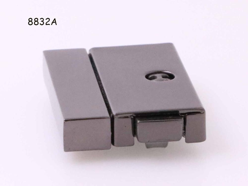 small hard luggage lock/case clasps lock