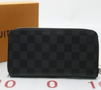 Used Branded Louis Vuitton N63095 Damier Zippy Wallet For Bulk Sale
