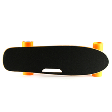 Long Time Range Lithium Battery Electric Skateboard With Maple Deck