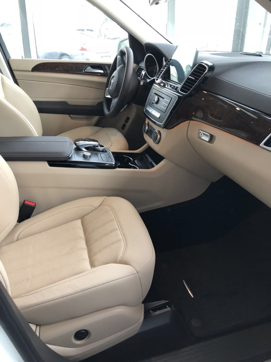 Import/Export 2018 Mercedes-Benz GLS450