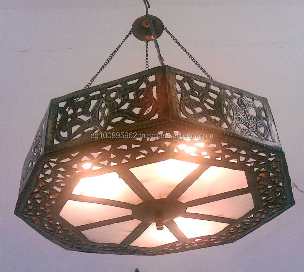 Br218 Wagon Wheel Octagonal Chandelier With Amber Stained Gl Light Colored Chandeliers Moroccan Style Br Coloured