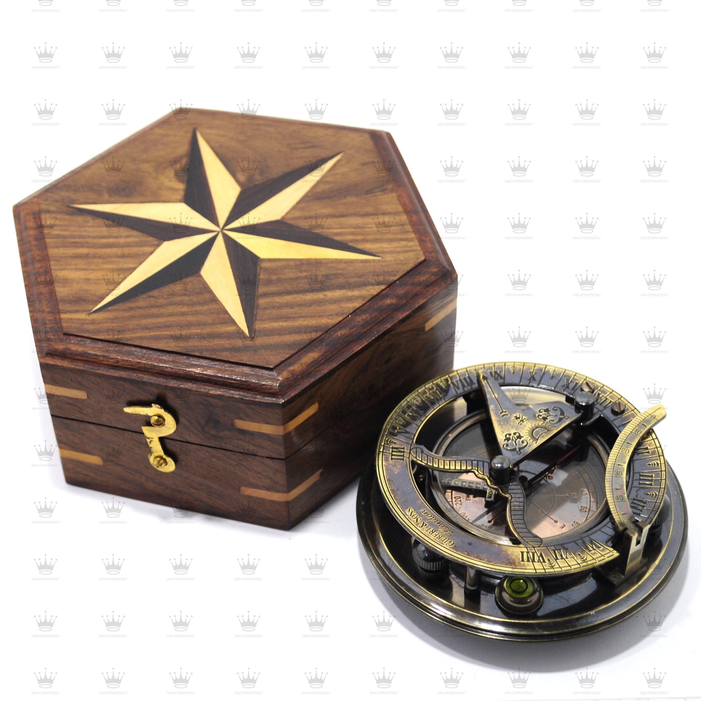 Exquisite Craftsmanship; Vintage Antique Style Brass Wood Maritime Navigational Compass Best Gift Item . Antiques Maritime Compasses