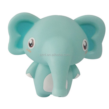 Customized cartoon animals baby bath toy vinyl eco-friendly pvc plastic toys figure