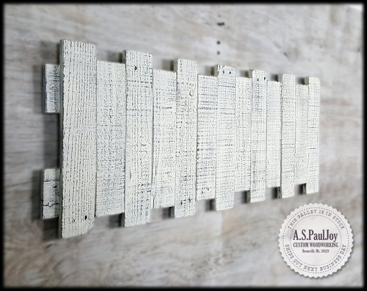 Rustic Pallet Wall Art. Pallet Sign. Distressed White Painted Rustic Home Decor. Pallet Art. Reclaimed Wood Sign. Farmhouse Decor. Shabby Chic. Barnwood Wall Hanging