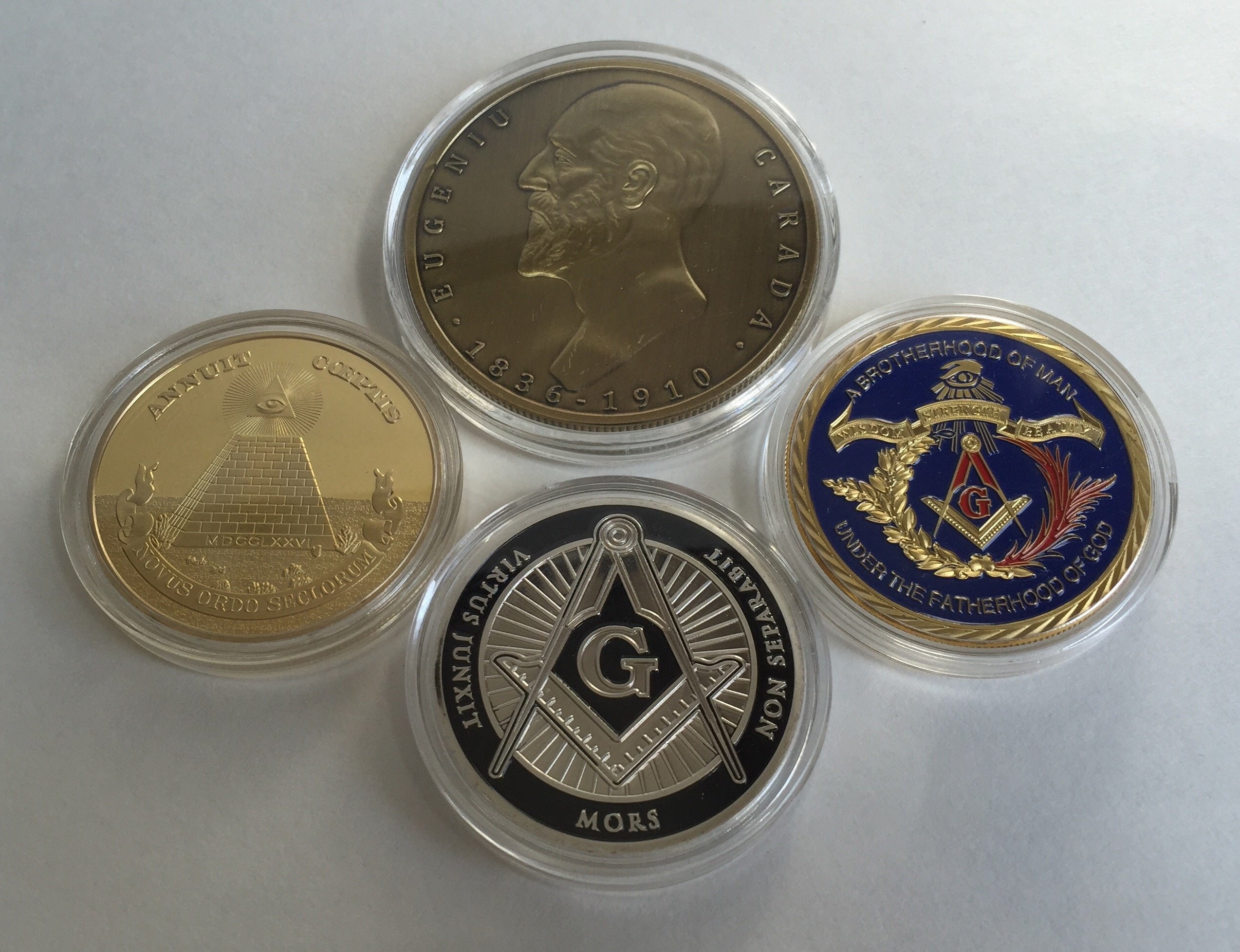 Set of 4 (1 silver, 1 bronze, 2 gold color) Freemason Collectible Challenge Coins by Lucky Donk, Poker Card Guard, Golf Ball Marker, paperweight