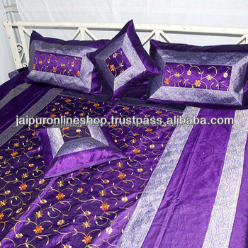 c342f7e824 Designer Double Bed Sheet With 4 Pillow Covers at Best Price Online NORWAY  / SWEDEN