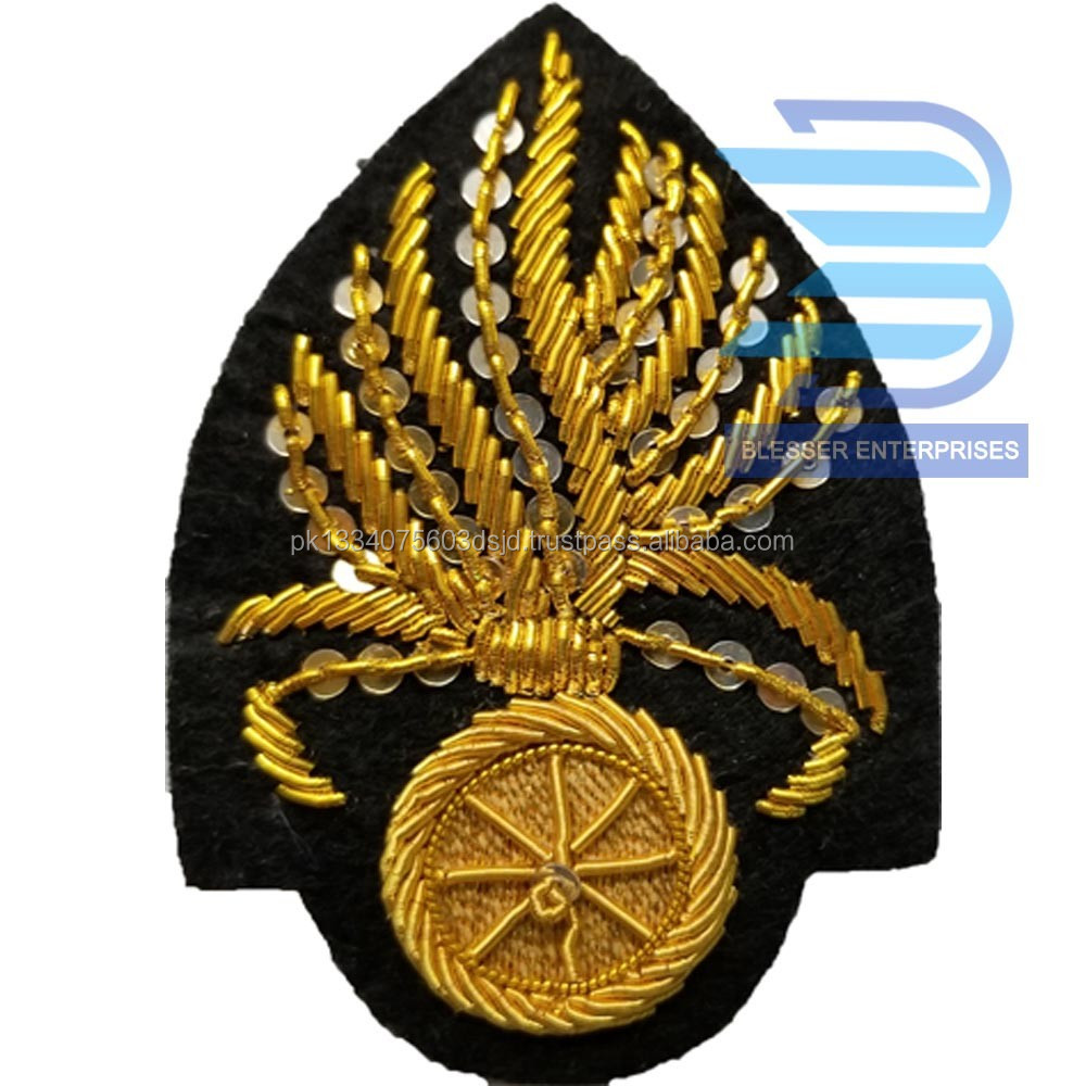 CIVIL WAR OFFICER CHAPLAIN IN WREATH HAT CAP KEPI INSIGNIA-SMALL