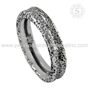 Engraved plain silver jewelry 925 sterling silver handmade finger rings wholesale silver ring exporters