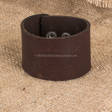 luxury leather bracelet with metal gripper