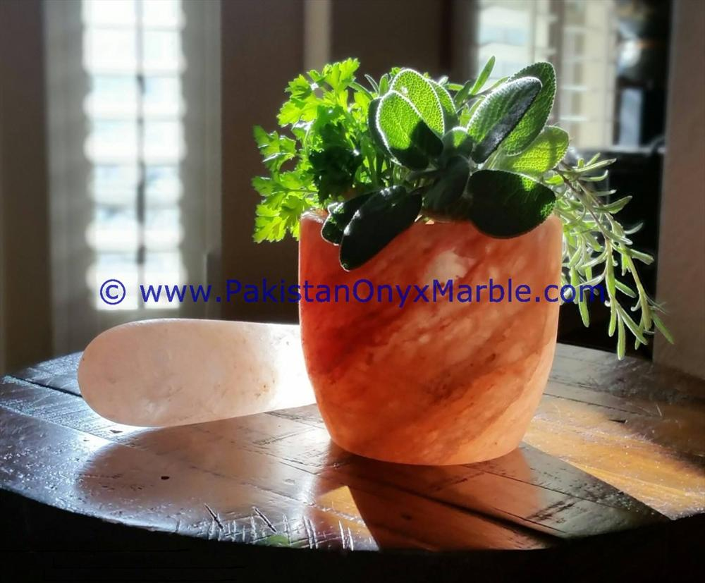 wholesaler supplier of HIMALAYAN SALT BOWLS & DISHES HANDCRAFTED