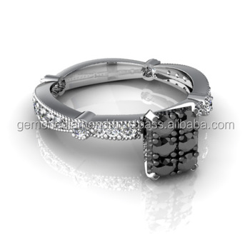 Black Round Brilliant Cut Designer Wedding Rings At Lowest Price