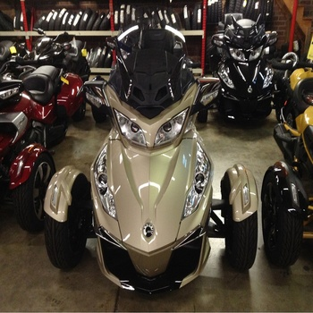 Super Spyder Rt-s Sm5 Motorcycle Can Am Rt Manual Bike 3 Wheel Trike Brp -  Buy Smart Racing Product on Alibaba com