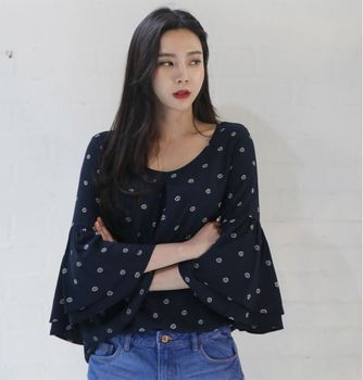 Korean Style Ladies Tops Summer Fashion Women Bell Sleeve Blouse Day