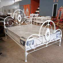 Stylish cast iron frame queen classic bed design