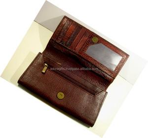 2fec9cc79e2d Turtle Wallet Leather