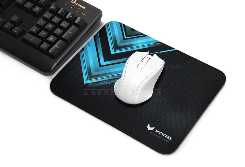 Customized no smell natural rubber material gaming mouse pad
