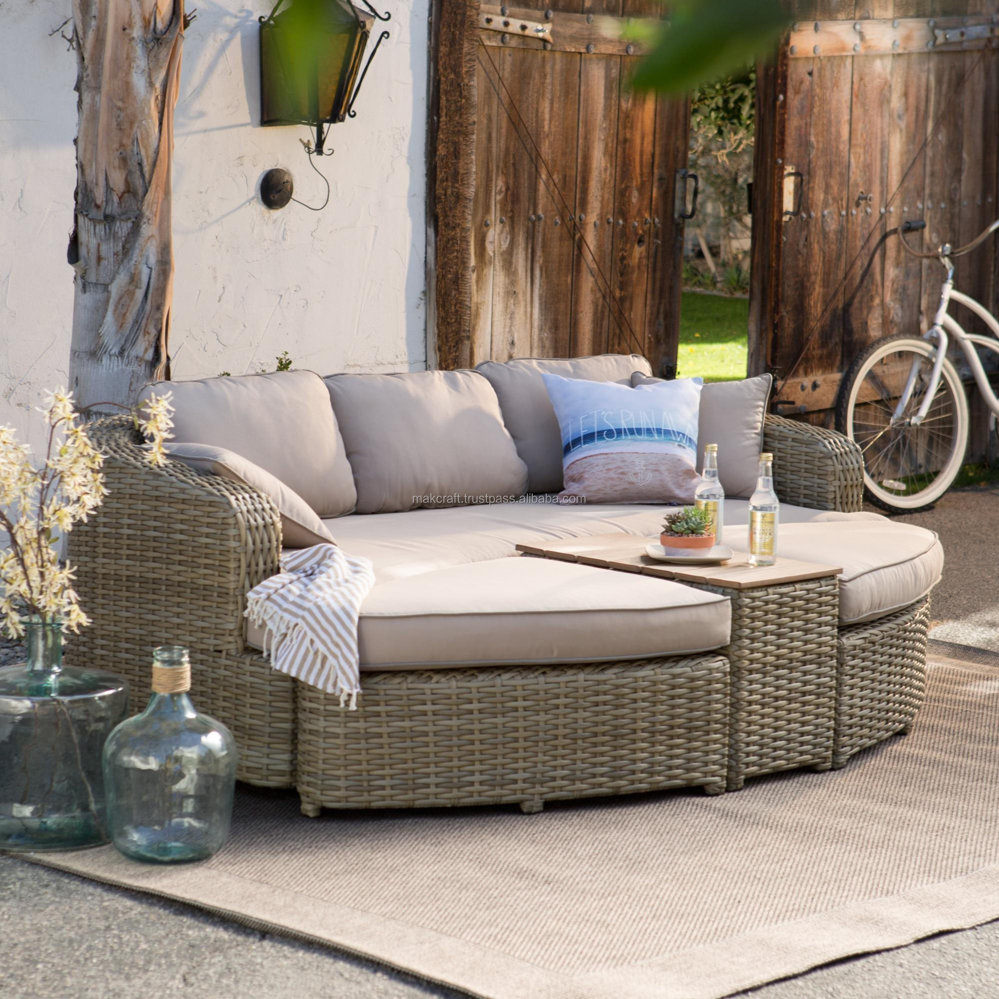 Vietnam Supplier Products Outdoor Wicker Rattan Lounge Daybed Sofa