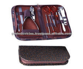 New Manicure Pedicure Kit Manicure Instruments set Beauty tools 17027