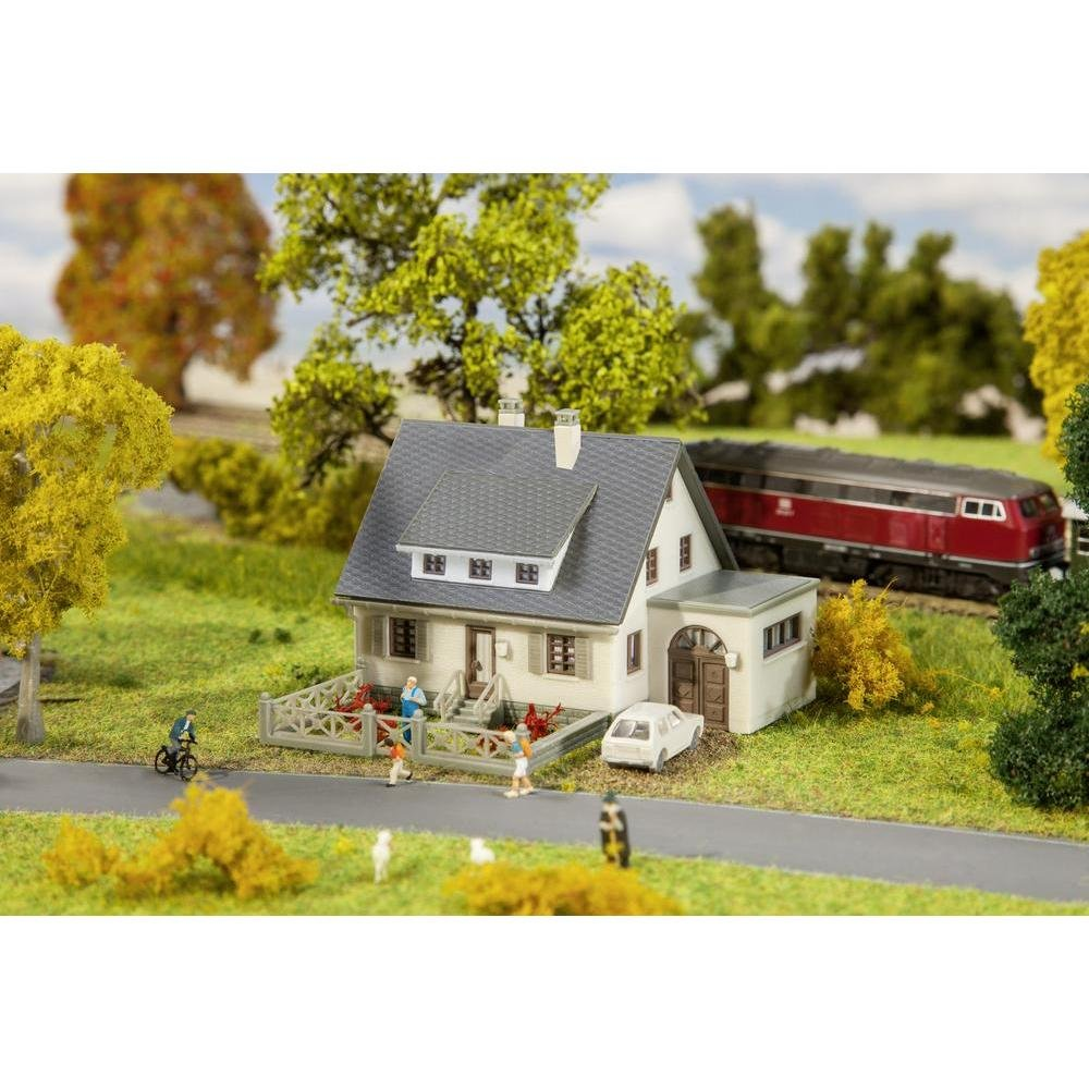 Cheap Building N Scale, find Building N Scale deals on line