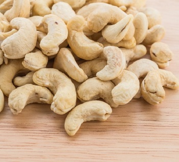 Raw Cashew Nuts Wholesale / Raw Cashew Nuts in Shell