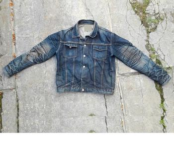 Wear A Stylish Denim Jacket For Men 2018 Men Jeans Jacket Ripped Men S Denim Jacket Coat Slim Fit Pilot Style Buy Denim Jacket Original Denim Jacket