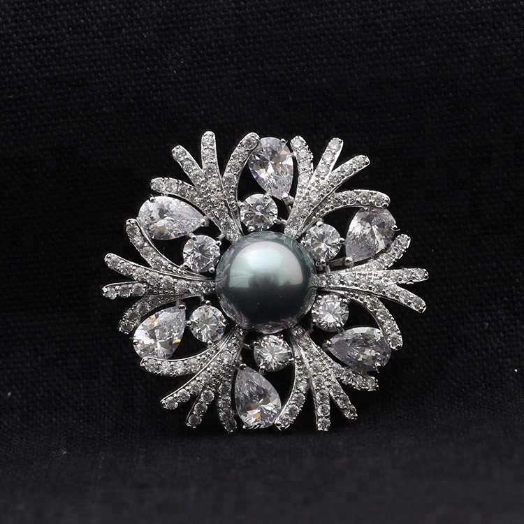 6ce666dfe China Korean Design Brooch, China Korean Design Brooch Manufacturers and  Suppliers on Alibaba.com