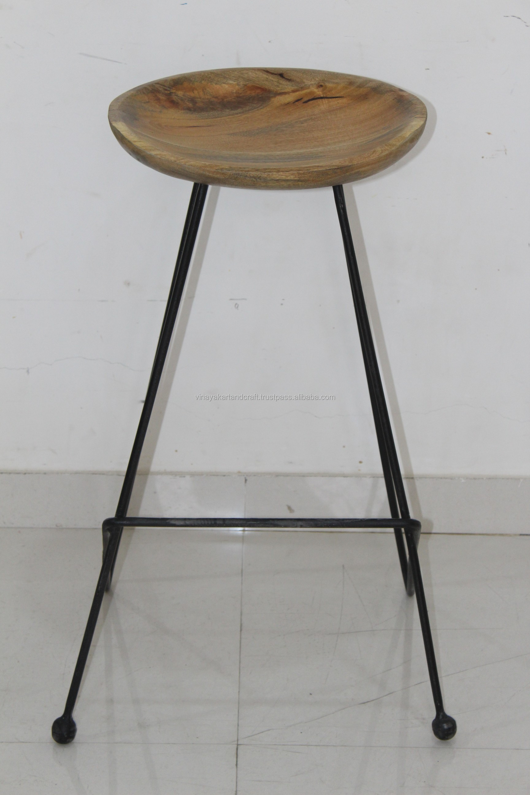 Vintage industrial bar stool new original modern wooden seat metal wire bar stool jodhpur antique wooden metal bar stool