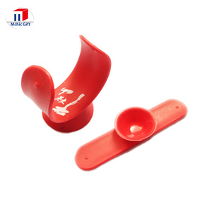 Cheap custom rubber silicone mobile phone sucker stand, silicone rubber mini phone stand,hand phone stand