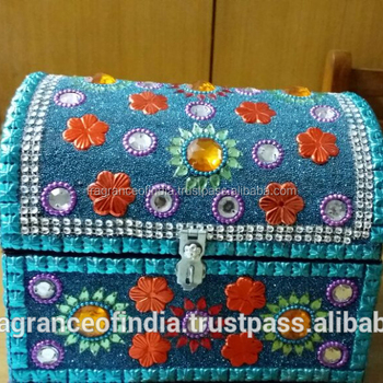 Uae Dubai Top Selling Beautiful Arabic Half Round Lac Handicraft