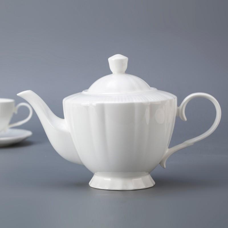 product-Two Eight-Europe style novelty personalized white bone china dinnerware set for restaurant-i