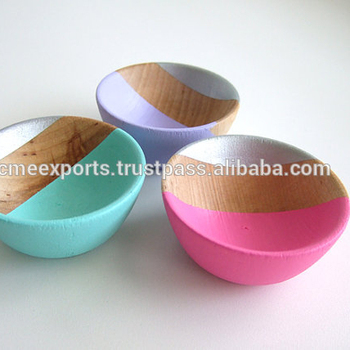 Colored Salad Bowls In Mango Wood For table Top