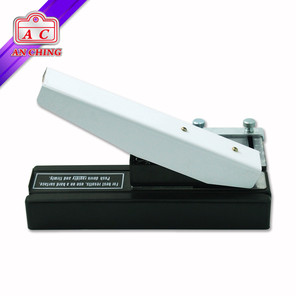 Durable Slot Hole Punch for Plastic Card Use