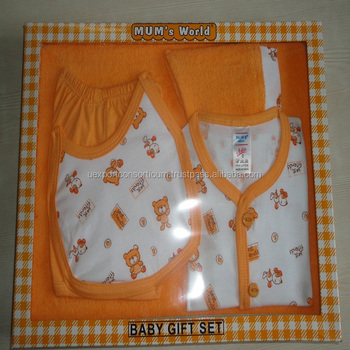 e15adc6a7 Lovely Design Soft Comfortable Baby Clothes -Baby Gift Set