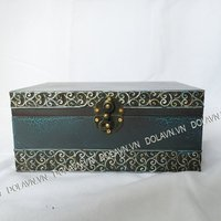 Antique jewelry box - lacquer and abalone shell unique