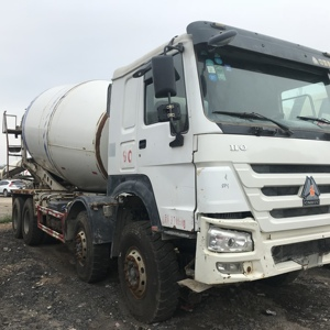 Factory Price Cheap New Type HOWO 10 Wheels Used Concrete Mixer Truck