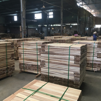 ACACIA SAWN TIMBER/ WOOD TIMBER FOR PALLET, FLOORING FROM VIETNAM