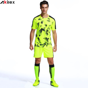 High quality latest design custom sublimated soccer/football jersey uniform with low MOQ