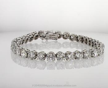 0d3d47457dd8 18 K oro blanco tenis pulsera de oro con 35 forma redonda diamantes Total  19