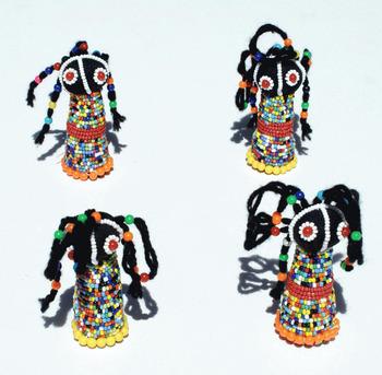Africano Buena Suerte Muñecas De Color Perlas Ndebele Tribu Sudáfrica Artesanía Al Por Mayor Buy Muñecas Africanasmuñecas Africanasmuñecas
