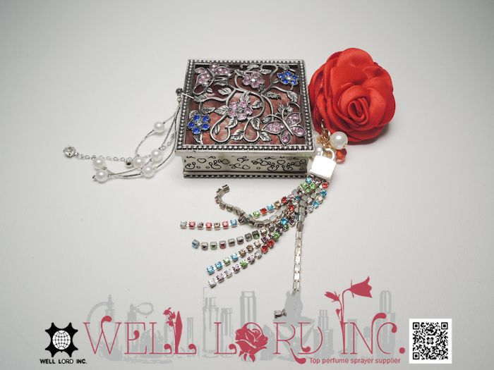 Deluxe new arrival pewter floral jewelry square custom storage gift box