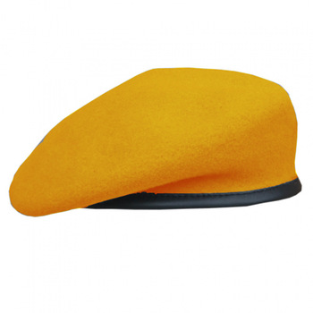 Yellow military beret with polyester liner