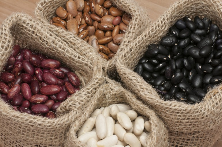 Wholesale Prices Red Black White Kidney Beans For Export Buy Black Eye Beans White Beans Dry Pinto Beans Product On Alibaba Com