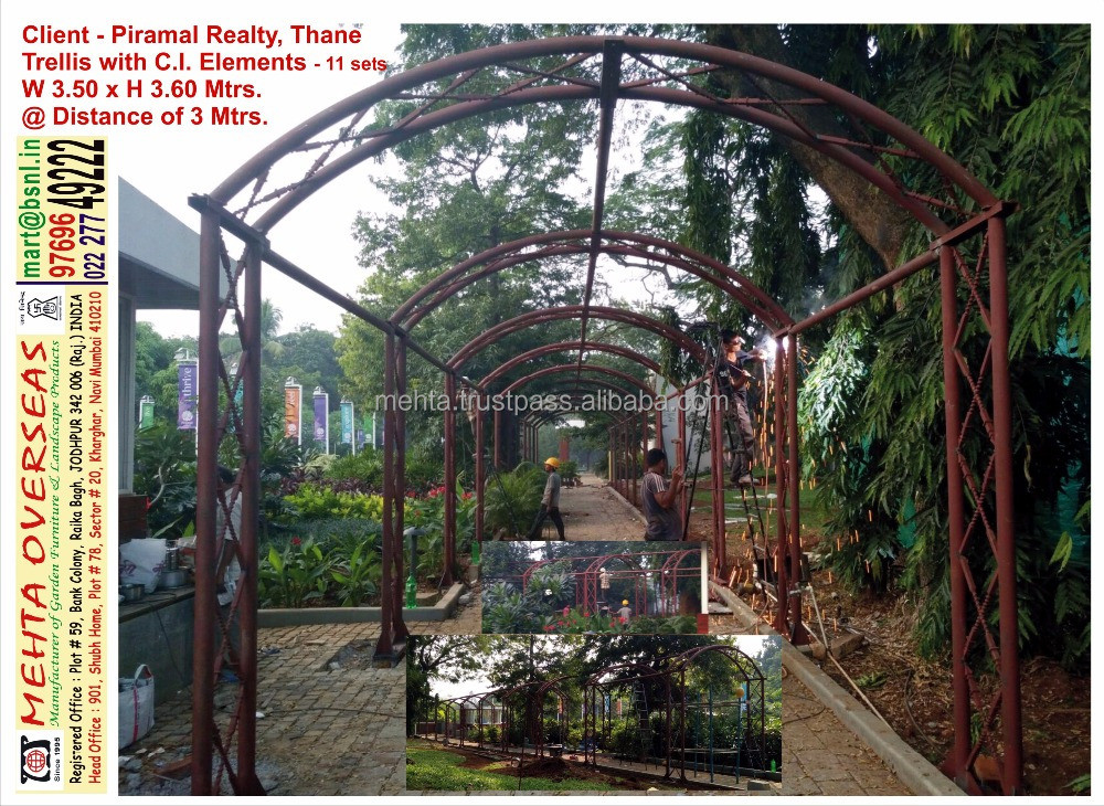 Factory Metal Garden TRELLIS / Fence with Decorative ELEMENTS/Plant Support